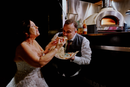 How to find a suitable wedding caterer